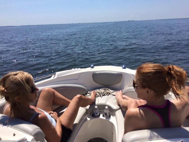 Boat chix